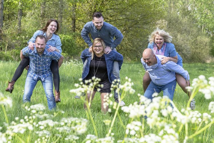 Voorbeeld Familie shoot op locatie in natuur